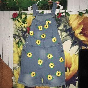 Vintage Sunflower overalls🌻